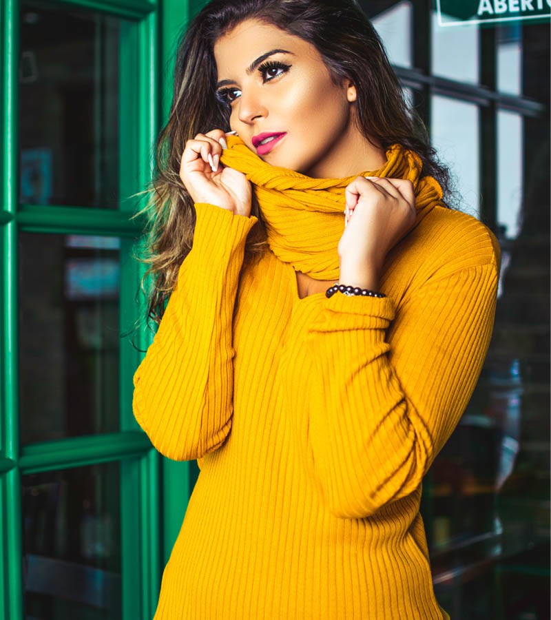 Moteriški megztiniai urmu drabužiai